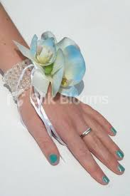 Wrist Corsages The 25 Best Wrist Corsage For Prom Ideas On Pinterest Corsage