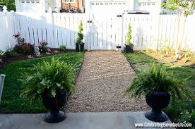Gravel Backyard Ideas Awesome Diy Landscaping Ideas Making A Birdbath Pea Gravel Walkway