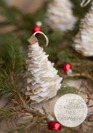 fashioned christmas tree 12 diy fashioned christmas ornaments simple