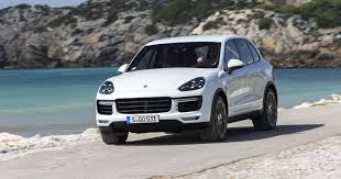 porsche cayenne specification 2015 porsche cayenne pricing and specifications photos 1 of 10