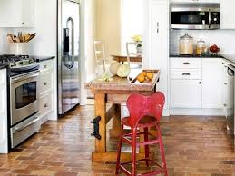 Small U Shaped Kitchen With Island Small U Shaped Kitchen With Small Island Zach Hooper Photo