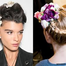 hair accesories the 3 prettiest ways to wear floral hair accessories