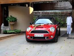 amitabh bachchan mini car has special number 2882 which signifies