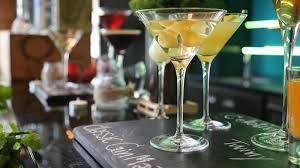 martini champagne martini time le meridien bangkok