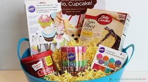 nyc gift baskets 5 creative diy christmas gift basket ideas for friends family