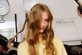 How Long To Wait Before Washing Hair After Coloring - how soon can i get my hair colored after i u0027ve had a brazilian