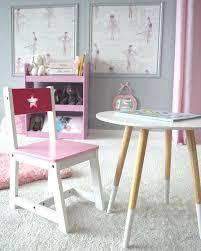 table chambre enfant table enfant table de style scandinave et petit chaise