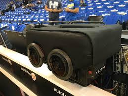 virtual reality hits new milestone as nba broadcasts warriors