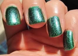 polish and pigments sinful colors pine away ucc flakes
