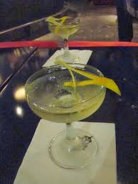 vesper martini 007 travelers 007 drink vesper martini
