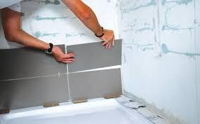 pose carrelage mural cuisine comment poser du carrelage mural cuisine maison design bahbe com
