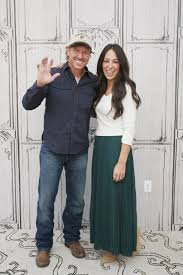 Joanna Gaines Book Struggling U0026 Broke U0027fixer Upper U0027 Stars Joanna U0026 Chip U0027scrambled