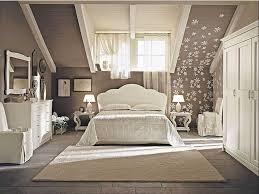 wandfarben ideen schlafzimmer dachgeschoss schlafzimmer ideen dachschräge mit dunkelbraun wandfarben