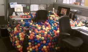 Office Desk Prank 20 Hilarious Office Pranks