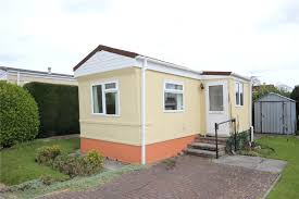 1 bedroom house for sale in woodlands park almondsbury bs32