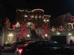 Dyker Heights Christmas Lights Dyker Heights Brooklyn Christmas On Steroids Two Traveling Texans
