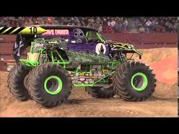 youtube monster trucks jam grave digger freestyle monster jam world finals xiv youtube