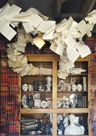 Haunted House Decorations Best 25 Haunted Mansion Decor Ideas On Pinterest Haunted