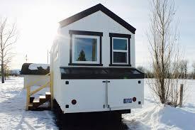Tiny House On Gooseneck Trailer by Best 25 Gooseneck Tiny House A River Runs Through It Custom