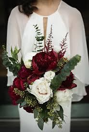 Burgundy Flowers Seasonal Bouquets For A Fall Wedding Brides