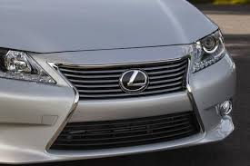 lexus and toyota same car 2014 toyota avalon vs 2014 lexus es what s the difference