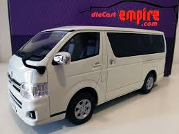 toyota hiace truck kyosho samurai 1 18 toyota hiace super gl white ksr18003w ebay