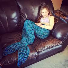 set of 2 crochet patterns for mermaid tail and star flower