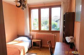 chambre d h e chamb駻y location de chambre meublée entre particuliers à chambery 365