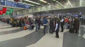 travelers encounter fewer delays than expected cbs chicago