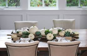 setting a rustic thanksgiving table can