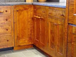 tiger maple wood kitchen cabinets http www drdimeskitchens images gallery kitchens