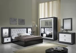 meuble chambre blanc laqué chambre à coucher laqué noir strass kristel design moderne chic