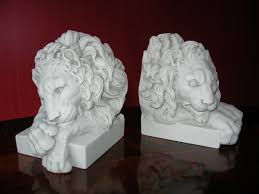 marble lion bookends chatsworth lion bookends decorative marble book ends