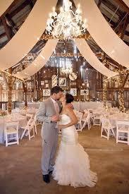 barn wedding decorations best 25 country barn weddings ideas on rustic wedding