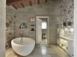 badezimmer modern rustikal luxus bad im rustikalen cottage stil wände steinmauerwerk