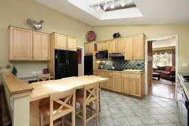 kitchen paint colors with oak cabinets and stainless steel appliances what is the best color paint for a kitchen with oak cabinets