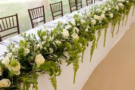 wedding flowers for tables wedding flowers how to style your top table our jades