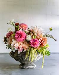 mothers day flower 10 sweet ideas for mother s day flowers sunset magazine
