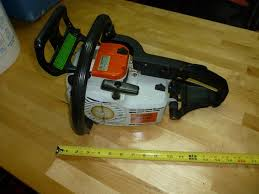 stihl chainsaw 011 av for parts or repair has spark 70psi