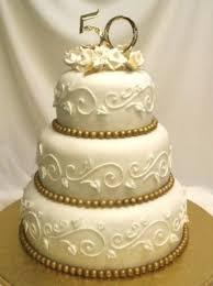 photo gallery 50 golden years anniversary cake 2547494 weddbook