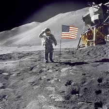 Famous Picture Of Soldiers Putting Up Flag How I Faked The Apollo Moon Landing True Story Ozy