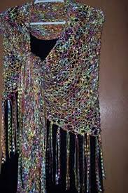 ladder ribbon hobo purse made from mango moon ribbon yarn i lined the inside