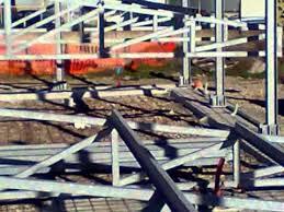 strutture in ferro per capannoni usate montaggio capriate 0001 wmv