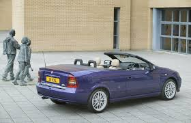 vauxhall purple vauxhall astra convertible review 2001 2005 parkers