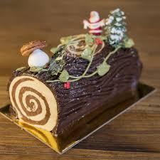 cuisine de de noel buche de noel chocolate la renaissance patisserie and cafe