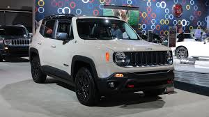 jeep renegade trailhawk lifted 2017 jeep renegade deserthawk is yet another special edition crossover