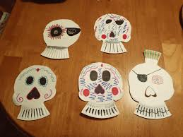 halloween paper plate crafts my view of the honeypot 31 days of little things easy halloween