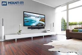 Laminate Flooring For Walls Amazon Com Mount It Lcd Led Plasma Tv Wall Mount Bracket For