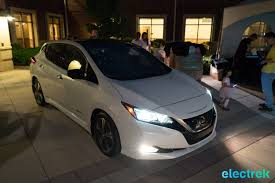 new nissan leaf 106 lights on dark night headlights design new nissan leaf 2018