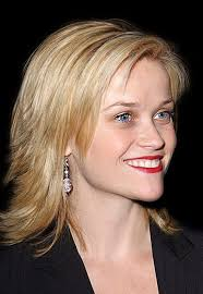 layered flip hairstyles short hairstyles that flip 041203reesewitherspoon 150x150 flip